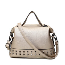 European Rivet Fashion Crossbody Tote Bag Lady Luxury Handbags Women Bags Designer Fashion Designer Shoulder Bags For Women T629