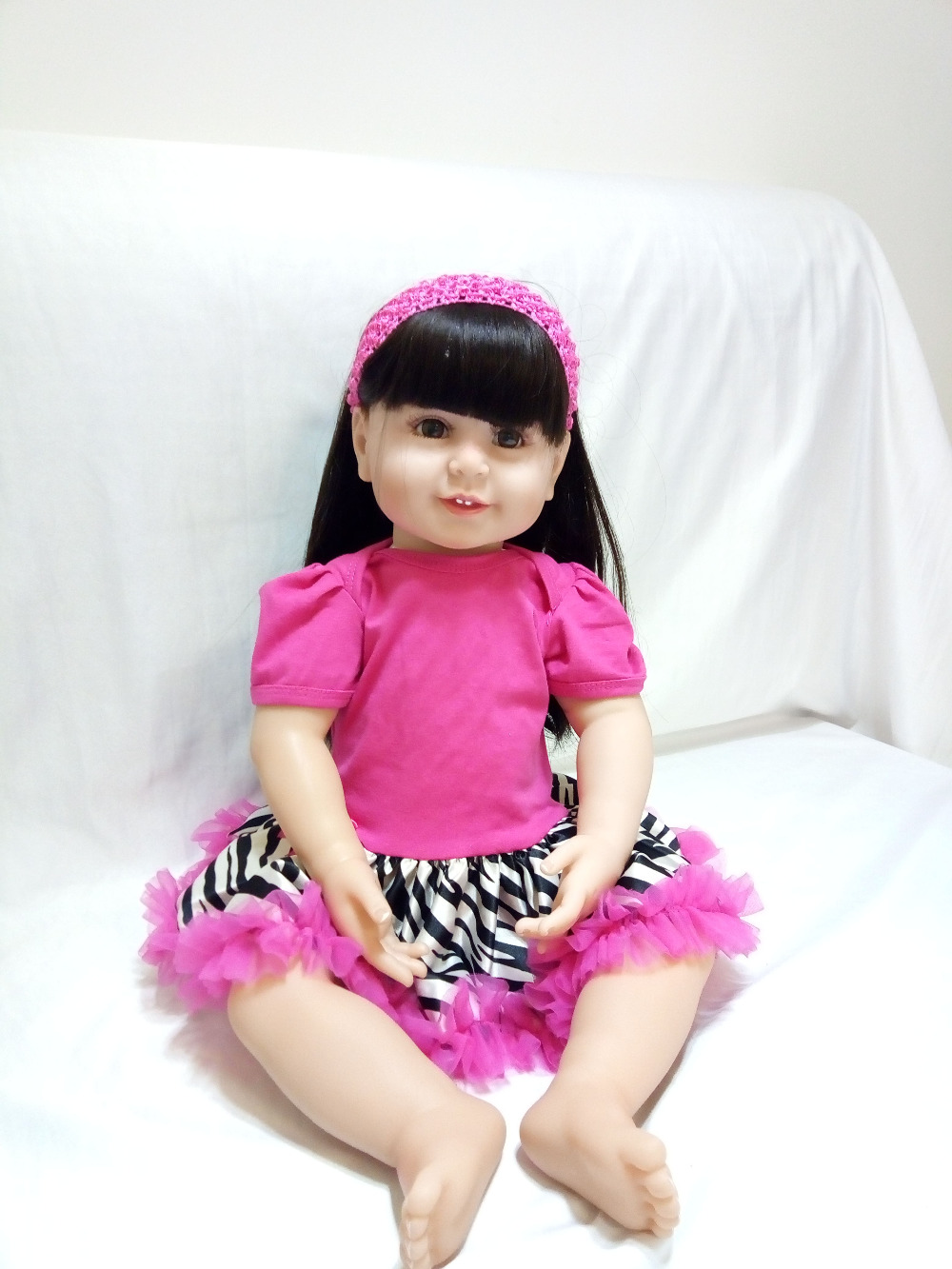 hot selling 61CM silicone reborn baby girl doll toys in awesome new born baby clothes brinquedos bebe 2018 Children's Day gift