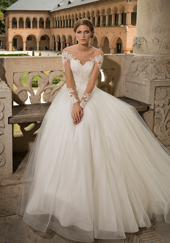 37df5b2469755 Vestidos De Novia 2015 Off The Shoulder Backless Berta Long Sleeve Lace  Wedding Dresses Bridal Dresses Robe De Mariage-in Wedding Dresses from  Weddings ...
