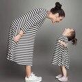 Семья Соответствующие Наряды Девушки Хлопок Полосой Платье Одежда Для Матери и Дочери Три Четверти Рукав Платья