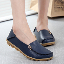 New Women Flats Women shoes Flat Gommino Moccasin Loafers Casual Ladies Slip Cow Driving Boat Shoes footwear Genuine Leather