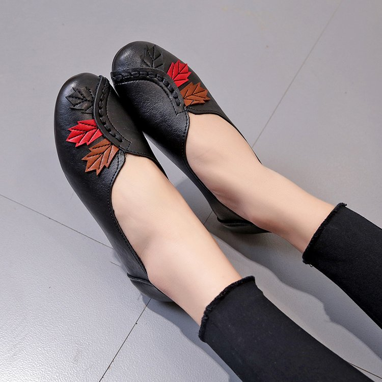 2019 Women Ballet Flats Slip on Loafers Summer Moccasins Female Genuine Leather Shoes Red Casual Ladies Shoes Zapatos De Mujer