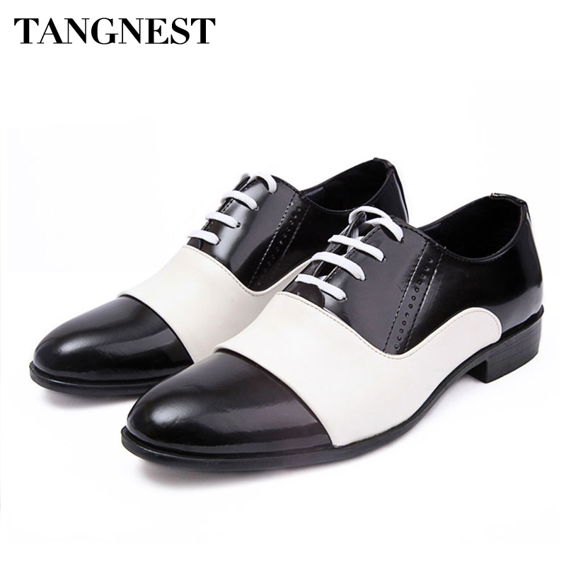 где купить Tangnest Men Shoes 2017 Fashion PU Patent Leather Men Dress Shoes White Black Pointed Toe Wedding Oxford Shoes Size 38-44 XMP308 дешево