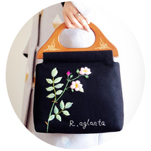 New Handmade Handbag Vintage Wooden Handle Tote Women Flower Bags Floral Embroidery Wool felt Rose Green Leaf Black Bag