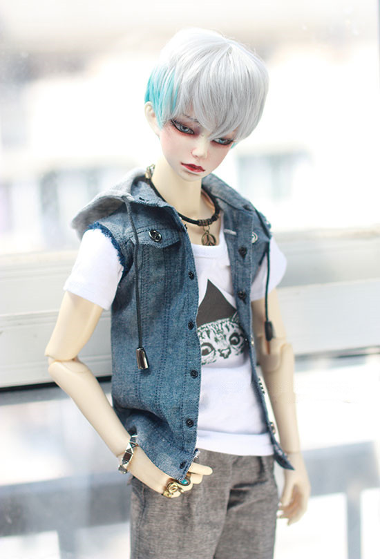 1 3 BJD doll coat cowboy jacket with fake sleeves for 1 3 BJD size SD17