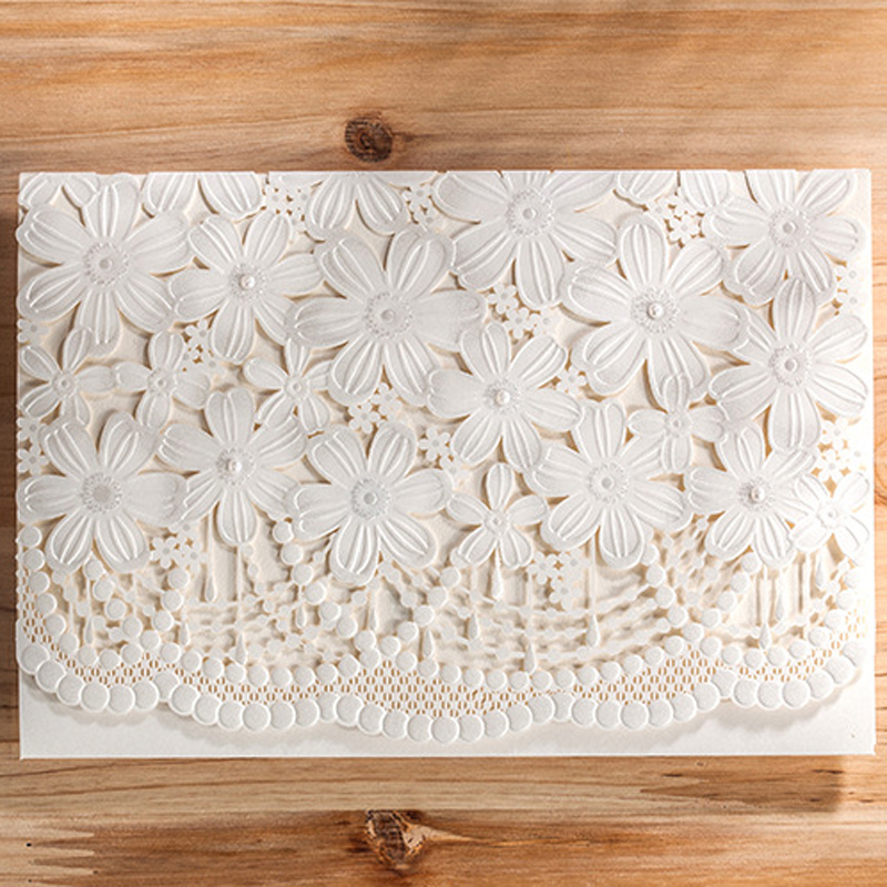 (50 Pieces/lot) Laser Cut Royal White Wedding Invitation Card With Flowers  For