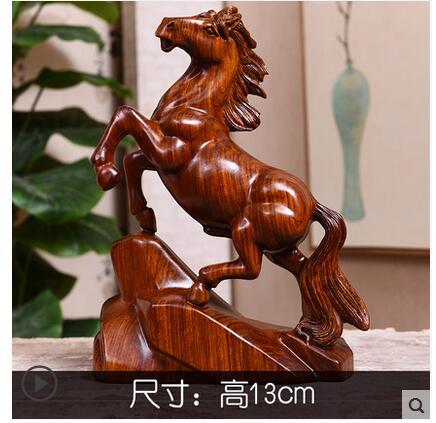 Sculpté en bois cheval avec jaune poire bois artisanat Asiatique