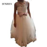 Lace Flower Girls Dresses for Wedding Party Illusion Scoop A Line Beaded Neck Charming Girls Communion Dresses Open Back SF18