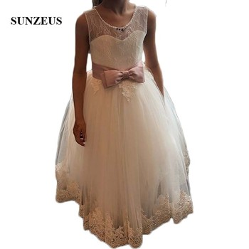 Lace Flower Girls Dresses for Wedding Party Illusion Scoop A-Line Beaded Neck Charming Girls Communion Dresses Open Back SF18