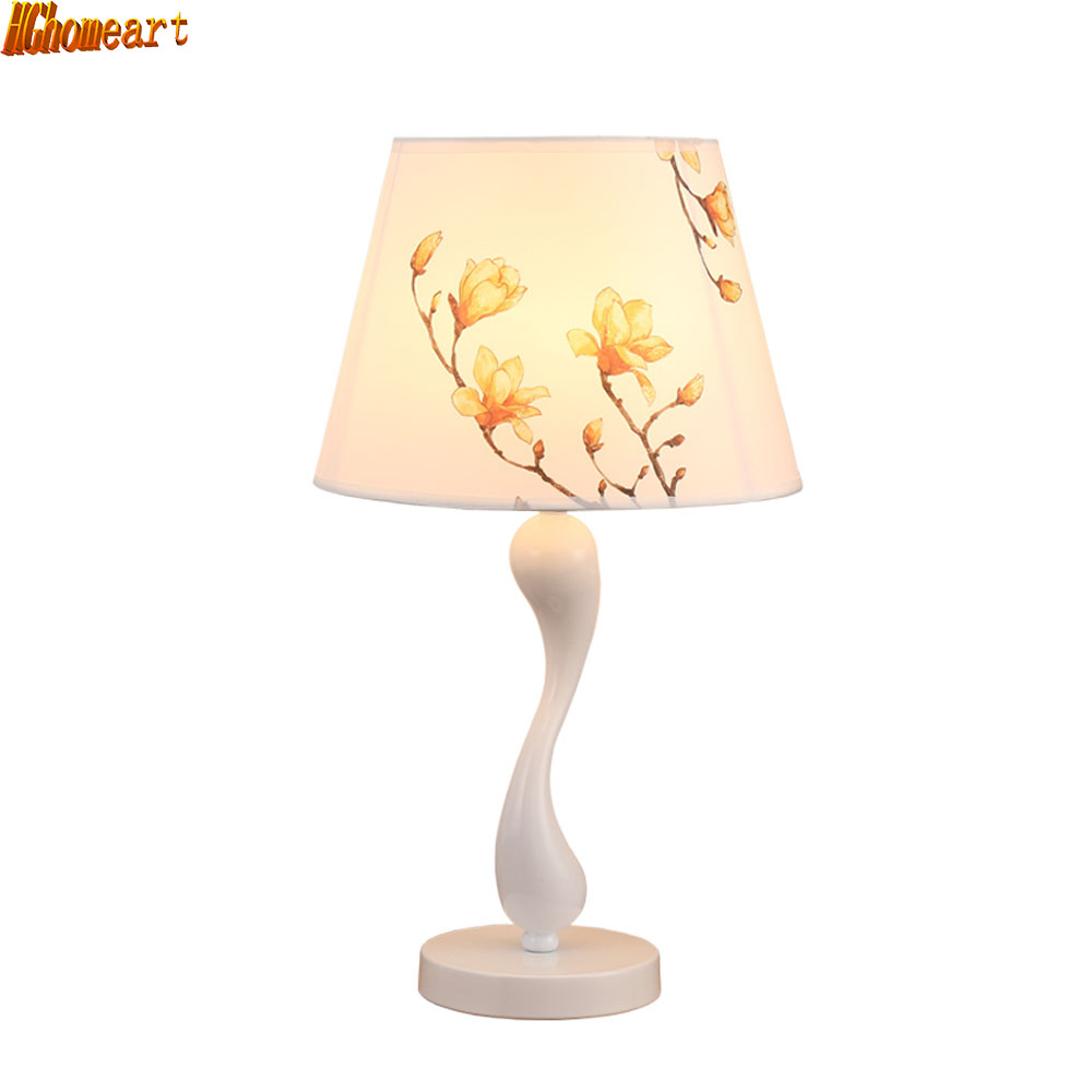 HGhomeart Simple Fashion Desk Lamp Bedroom Bedside Lamp Creative Fashion Personality LED Living Room Adjustable Light Table Lamp tuda glass shell table lamps creative fashion simple desk lamp hotel room living room study bedroom bedside lamp indoor lighting