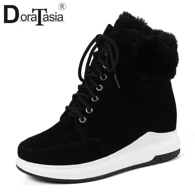 DoraTasia Büyük Boyutu 33-43 Platformu Kış Sneakers Kadın Kış Sıcak Kürk yarım çizmeler Kadın dantel-up Takozlar Ayakkabı kadın