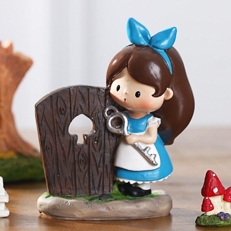 Roogo Home Decoration Accessories Resin Alice In Wonderland New Design Cute Girl Ornament Desktop Office Wedding Decor Gifts