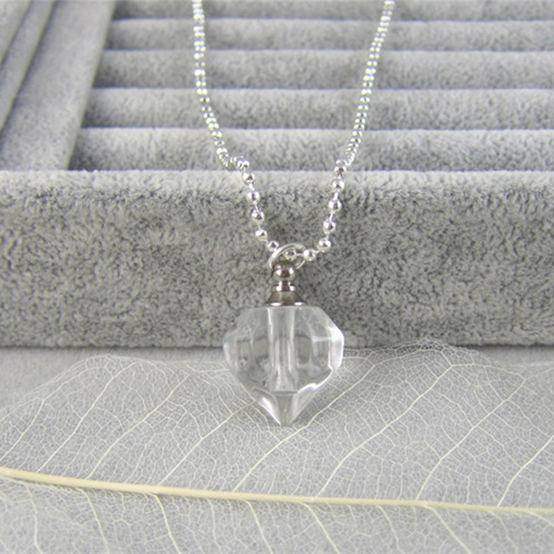 0 2ml Mini Glass Bottle Pendant Necklace Perfume essential oil Keep Heart Small Bottle Necklaces For Women Collares 19181 in Pendant Necklaces from Jewelry Accessories