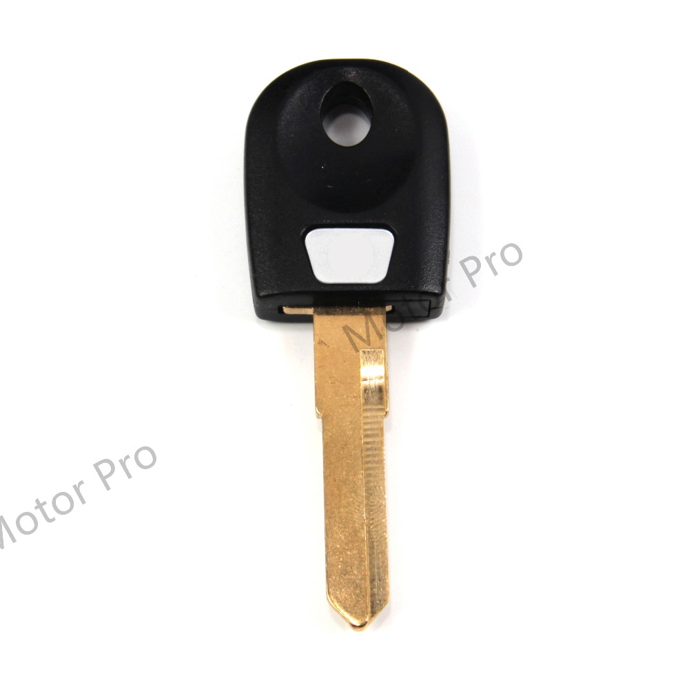 Uncut Blade Blank Key For Ducati 600 Monster 600 S Sport 620 Monster Dark Motorcycle Replacement Accessories With Logo BLACK RED