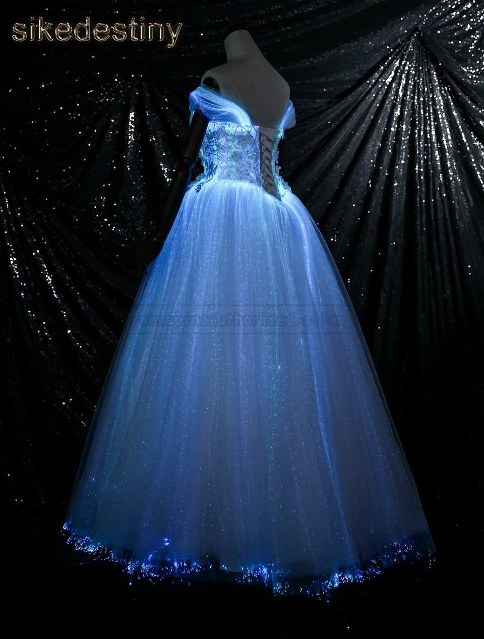 Luminous Wedding Dress Variable Color For Model Fashion Runway Show ...