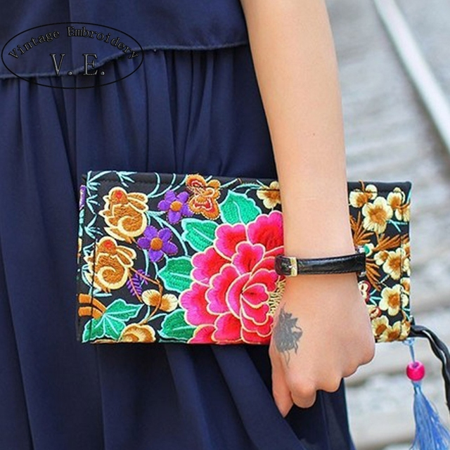 Hot Sale Vintage Embroidery Purse Exquisite Handmade Embroidered Women Long Wallet Linen Party Day Clutch Handbag National foral
