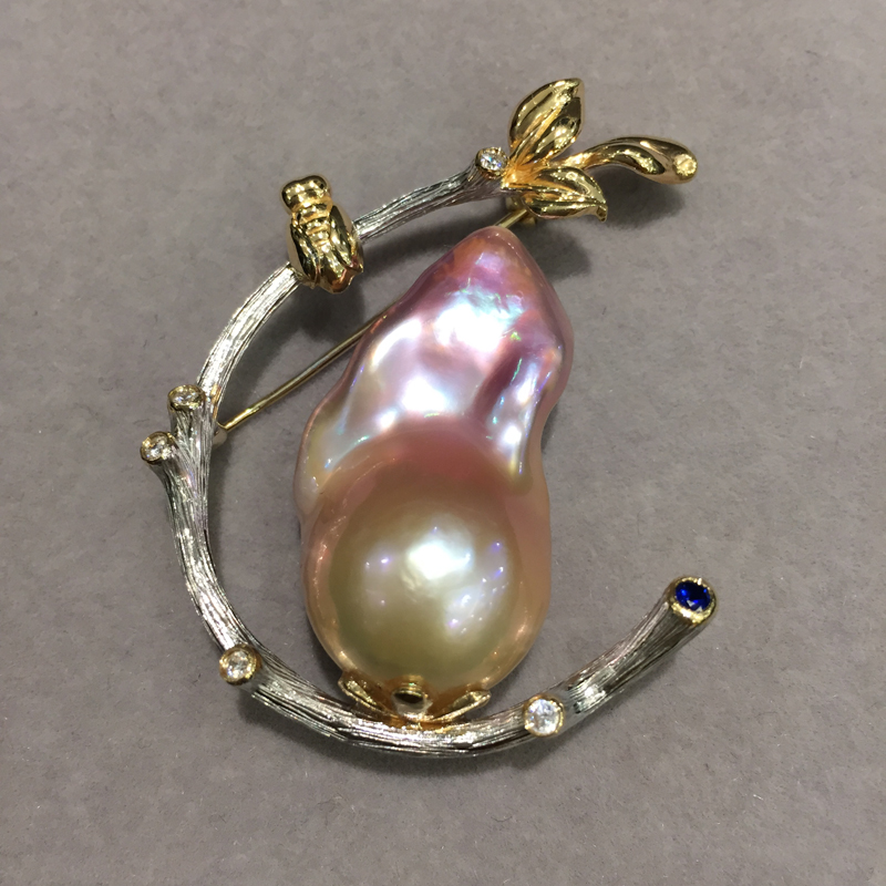 only 1 pcs Baroque Natural fresh water pearl brooch tree branch cicada natural color