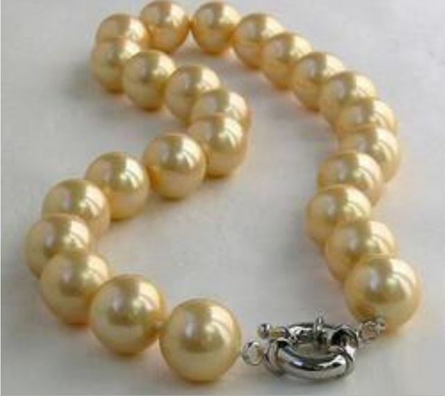 "Free Shipping >>>>>10mm Natural yellow south sea shell pearl necklace 18""AA0R"