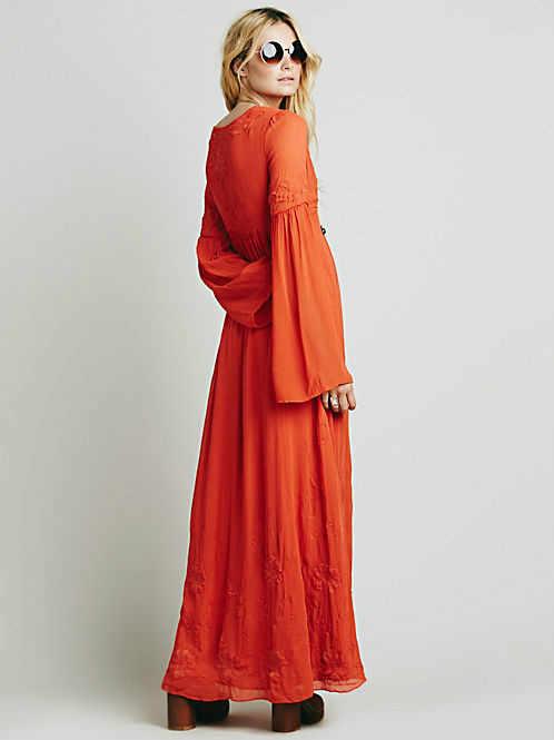 Yeni geliş ücretsiz kargo bohe gevşek tarzı uzun elbiseler insanlar bahar v yaka nakış beyaz uzun maxi elbise vintage elbise