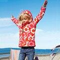 Fashion Girl Windbreaker Brasão 2015 Marca Crianças Hoodies Blazer Jaqueta Primavera Outono Crianças capa de Chuva Padrão de Impressão Menina Casacos