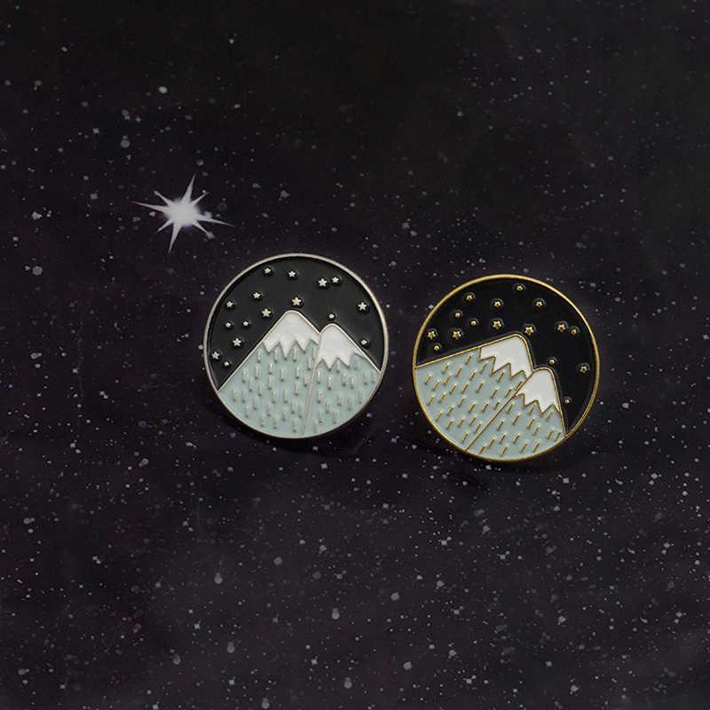 Ночное небо горный Луна Звезда Эмаль булавки рюкзак сумка шляпа кожаные куртки модные аксессуары горные украшения