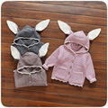 Crianças Outono Inverno Malhas Camisola de Malha Do Bebê Meninas Hoodies Orelhas de Coelho Bonito Da Criança Roupas Outerwear Casaco de Cor Sólida
