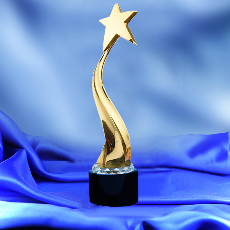 Tortuous Star Shaped Metal Trophy Customized Logo or Words To Crystal Base Video Music Awards Grammy Trophy For Award Ceremony цена