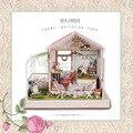 Luzes de voz e música A022 grande casa diy casa de bonecas de madeira casa de bonecas em miniatura Jardim brinquedos meninas frete grátis