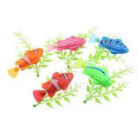電気魚動物ペット金魚で泳ぐ水タンク