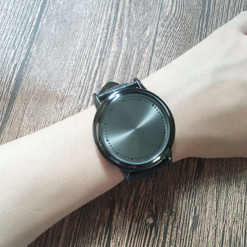 HTB1slNFwY5YBuNjSspoq6zeNFXak - New Casual Fashion Elegant Lady Quartz Bracelet Women Wristwatch LED Jewel Lucky Clover Stainless Steel Case Montre Femme