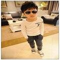 2017 весна осень новый Корейский мальчик черно-белый череп с длинными рукавами Футболки рубашки прилив хлопка детей Футболку