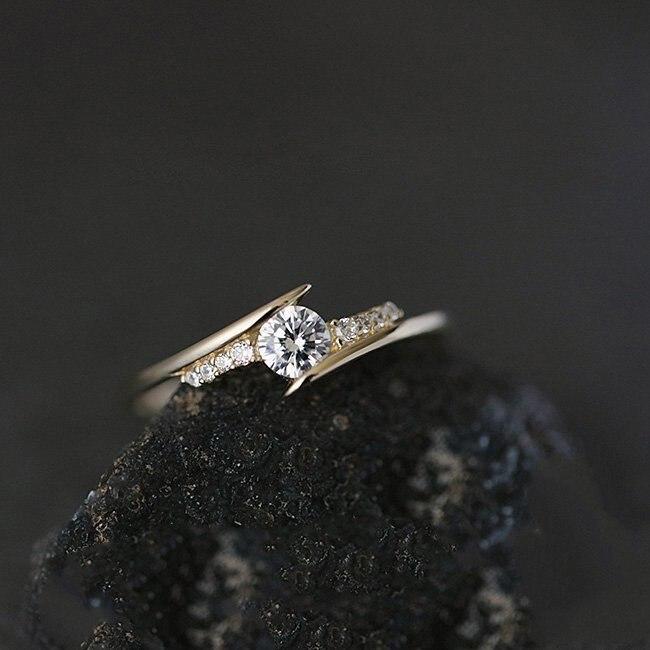 ZHOUYANG кольцо для женщин, простой стиль, кубический цирконий, свадебное кольцо, светильник, золотой цвет, модное ювелирное изделие KBR103