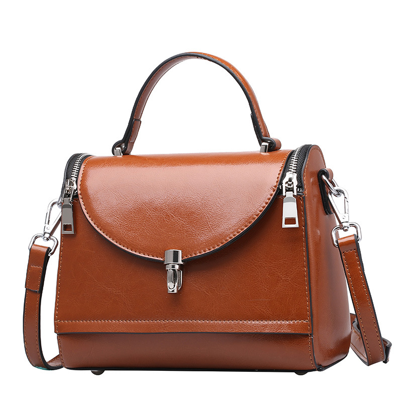 Twenty-four Genuine Leather Female Shoulder Bags Vintage Style With Zipper and L