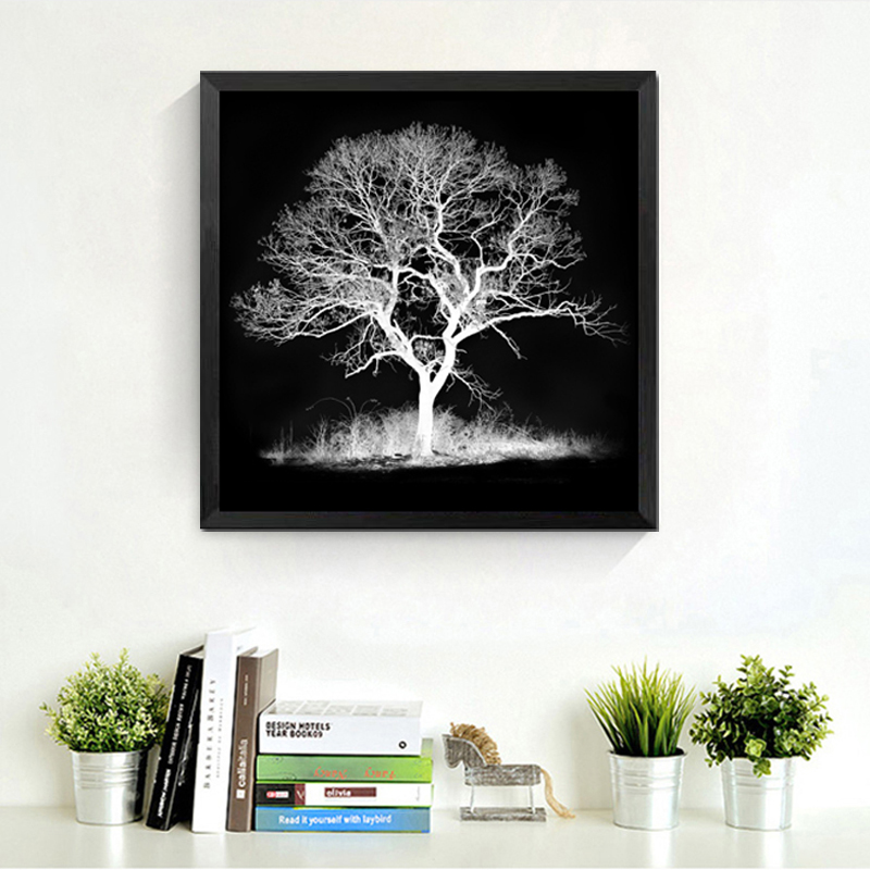 92 Gambar Hitam Putih Pohon Gratis
