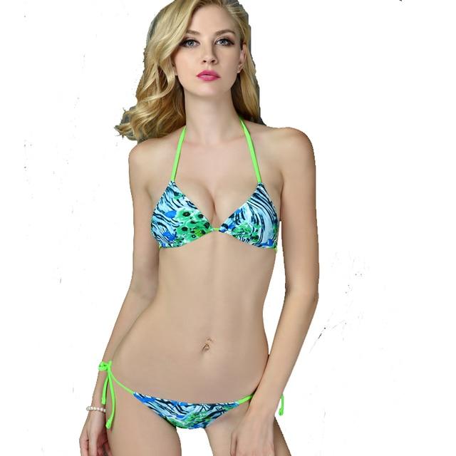 Girls In Tiny Bikinis