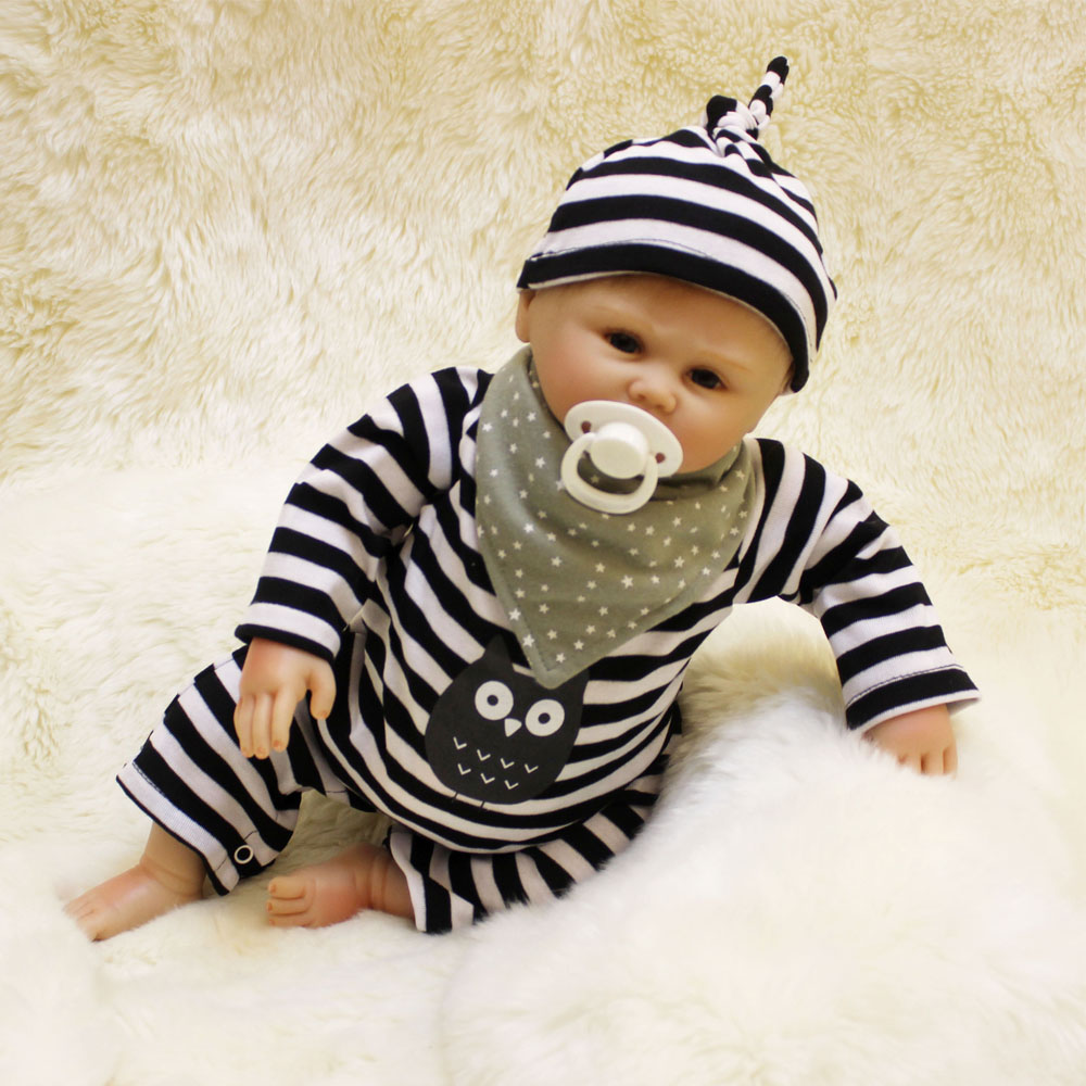 45-50CM New Hot Silicone Doll Reborn Baby boy realistic Handmade Cloth Body Reborn Babies Toys Growth Partners Best kids Gift partners lp cd