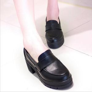 Image 1 - Uniform Schoenen Uwabaki Japanse Jk Vrouwen Meisjes Scholieren Lolita Schoenen Zwart Rood Beige Cosplay Schoenen Voor Volwassen