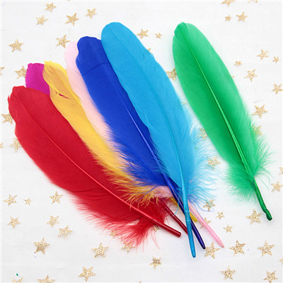 Натуральные лебединые перья 14-20 см, многоцветные гусиные перья, шлейф для рукоделия, свадебных украшений, рукоделия, украшения для дома, 50 шт - Цвет: dark color mix 50pcs