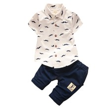 Одежда для маленьких мальчиков Комплекты Bebe модная футболка + однотонные штаны комплект летом ребенок наряд для маленьких детей хлопковый спортивный костюм одежда