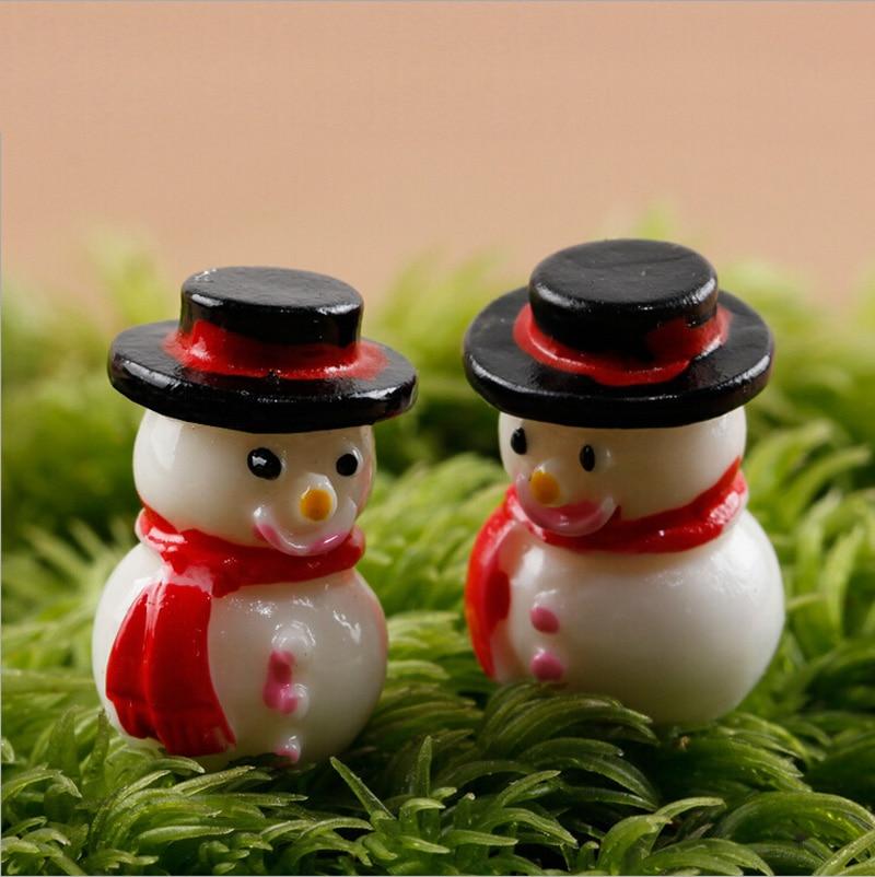 Winter Snowman Decorative Miniature Figurine Mini Fairy Garden Animal Statue  Resin Craft Christmas Decorations For Home Toys