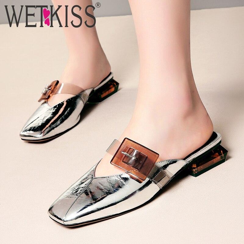 WETKISS 2019 nowy slajdy buty kobiety przezroczyste pantofle PCV lato dziwne styl buty kobiet klamry krowy skóra muły buty w Kapcie od Buty na  Grupa 1