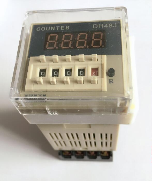 DH48J DH48J-8 Electronic preset counters acyclic display counters 1-999900 relay 8PIN with base DC12V/24V/36V AC110V/220V/380V ac380v panel mount 8p 1 999900 count range digital counter relay dh48j dpdt