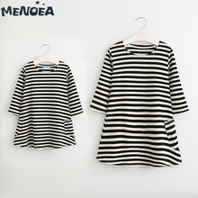 Menoea Family Matching Outfits New Cute Styles Autumn Mother and Daughter Casual Fall Long Sleeve Black and White Striped Dress keelorn girl dress 2018 new style family matching outfits mother and daughter fall full black striped dress free shipping