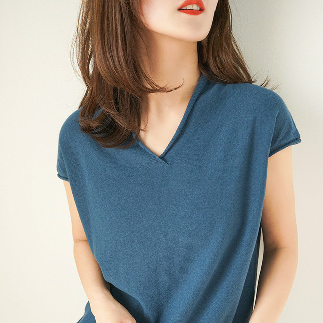 Cute Woman Basic Tshirt Top...
