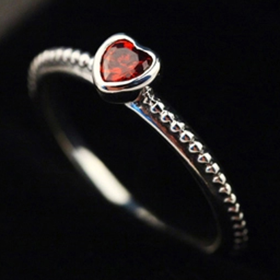 pandora anello in argento con cuore rosso