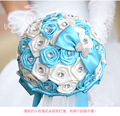Azul hermoso marfil nupcial dama de honor la flor wedding bouquet artificial rose bouquet cristal ramos de novia