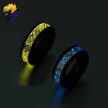 Yellow Glowing Luminous Dragon Rings Men Stainless Steel Glow in the Dark Fluorescent Ring Women Wedding Aneis Fashion Jewelry стоимость