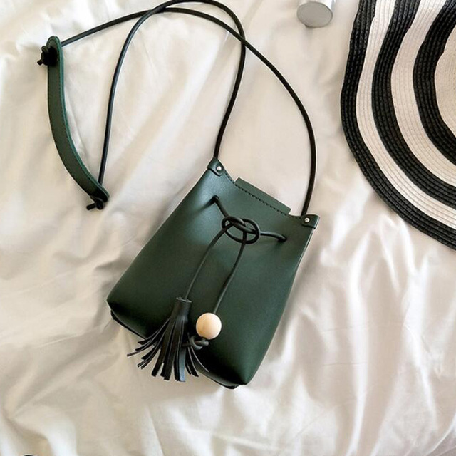 Mini Drawstring Flap Bag in Women's Crossbody Bag PU Leather Shoulder Sling Bags Ladies Green Wood beads Tassel Messenger Bags 1