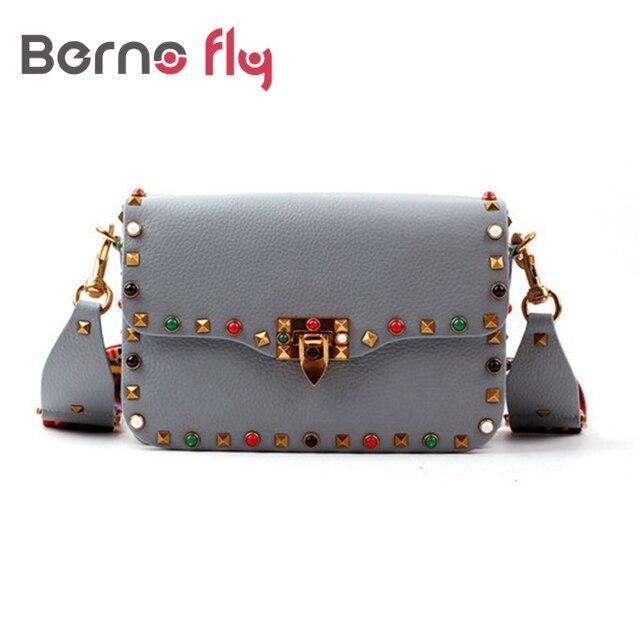 Новый натуральная кожа рок цвет стад сумка для женщин мода цвет заклепки плечо сумки легко соответствия для валентина