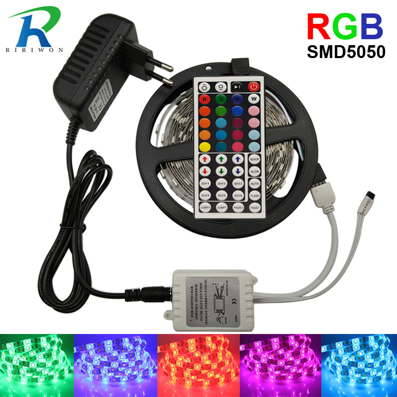 LED Strip Light SMD 5050 RGB Strip Ribbon Diode Tape RGB 5050 DC 12V 5M 10M Fleksibel Strip Full Set DIY Controller og Adapter